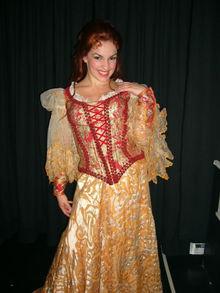 Natalie_Daradich_as_Melena_(LA_Cast)