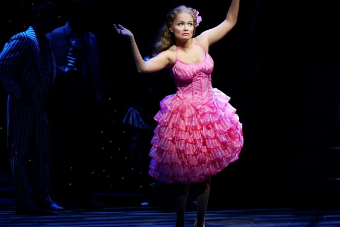 """FILE -- PHOTO MOVED IN ADVANCE AND NOT FOR USE - ONLINE OR IN PRINT - BEFORE FEB. 22, 2015. -- Kristin Chenowth, left, as Glinda the Good Witch and Idina Menzel as Elphaba in the musical """"Wicked"""" at the Gershwin Theater, in New York, Oct. 23, 2003. Endlessly friendly, a nonstop talker and playful, Chenoweth reflects on transformation, beauty pageants and a role that everybody seemed to believe she was meant to play. (Sara Krulwich/The New York Times)"""