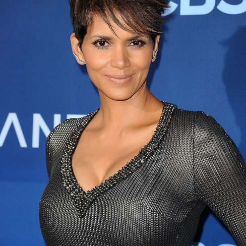 "LOS ANGELES, CA - JUNE 16: Actress Halle Berry attends the premiere of ""Extant"" at California Science Center on June 16, 2014 in Los Angeles, California. (Photo by Jason LaVeris/FilmMagic)"