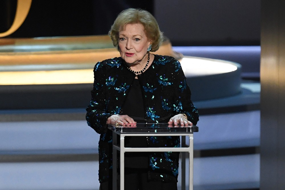 betty-white-emmys-2018-2