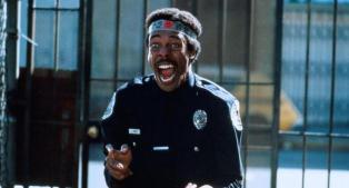 locademia-de-policia-michael-winslow