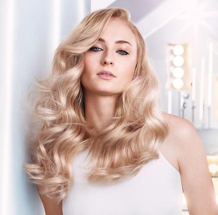 yestowellaplex-how-sophie-turner-keeps-her-blonde-hair-healthy