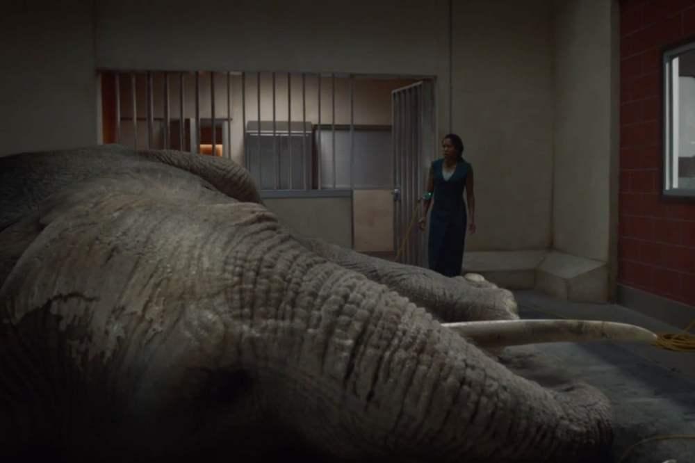 watchmen-s1e07-elephant-1500x1000